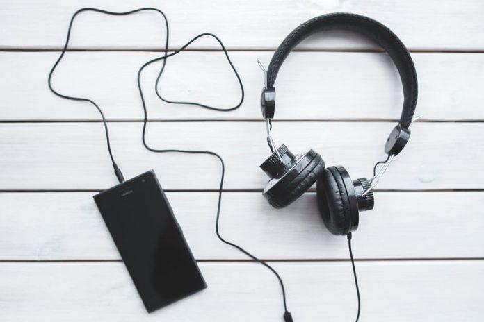 Best Earbuds under 30 dollars in 2017